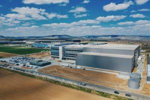 Warendienstleistungszentrums der E. Breuninger GmbH & Co. in Sachsenheim (Landkreis Ludwigsburg)