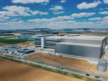 Waren-dienstleistungszentrums der E. Breuninger GmbH & Co. in Sachsenheim (Landkreis Ludwigsburg)